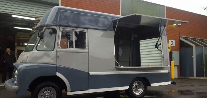 1969 Morris Van - Coffee Van Conversion - Videos