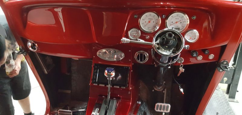 1934 Ford Coupe - Centre Console